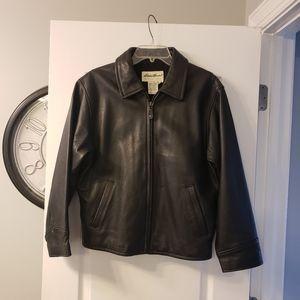 Eddie Bauer leather jacket w 2 pockets size S